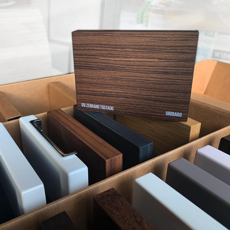 caja para muestras de madera